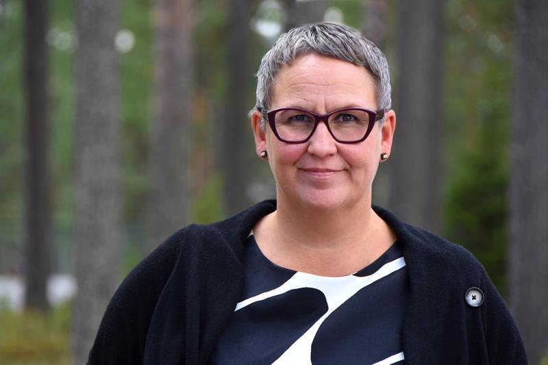 Haapaveden vs. kaupunginjohtaja Marjukka Manninen iloitsee NordFuel Oy:n saamasta tukipäätöksestä, mutta huomauttaa, ettei kaupungin palveluverkon uudistamista voida silti kuopata.