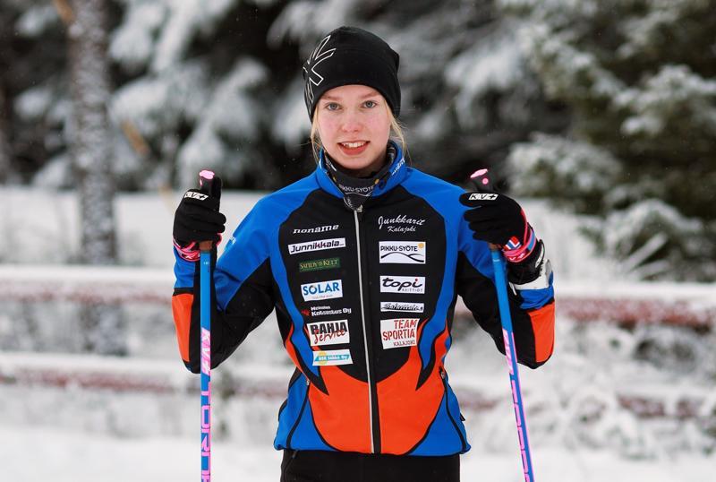 Kalajoen Junkkareiden Iida Vuollet oli 17-vuotiaista nopein vapaan tyylin yhteislähtökisassa Kontiolahden SM-hiihdoissa.