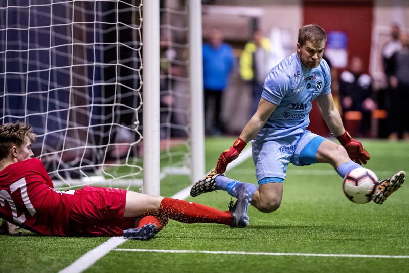 Jaron avausmaalin tehnyt Alex Ramsay tökkäsi pallon Anthony Olusanyalle ja pari sekuntia myöhemmin pallo oli Juhani Pennasen vartioimassa maalissa.