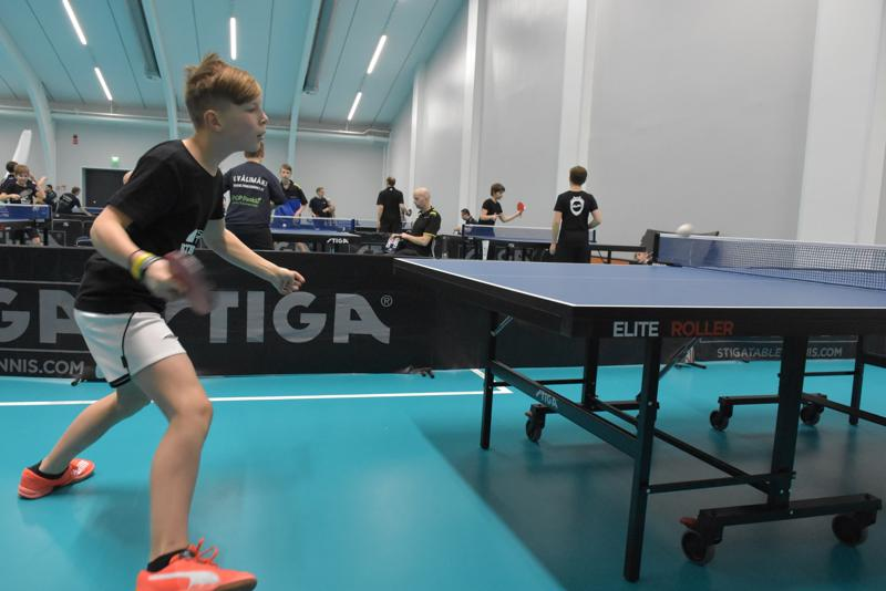 Halexin Elias Grankulla vauhdissa Rettig Sport Centerin turnauksessa.