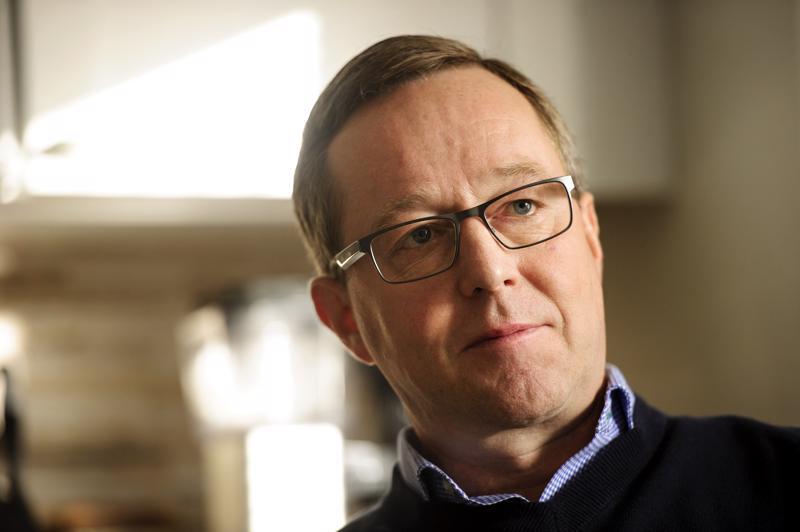Toholampilainen elinkeinoministeri Mika Lintilä (kesk.).