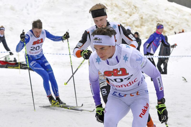 Sieviläislähtöinen Miska Poikkimäki hiihtää ensi viikolla alle 20-vuotiaiden maailmanmestaruuskisoissa Saksassa.