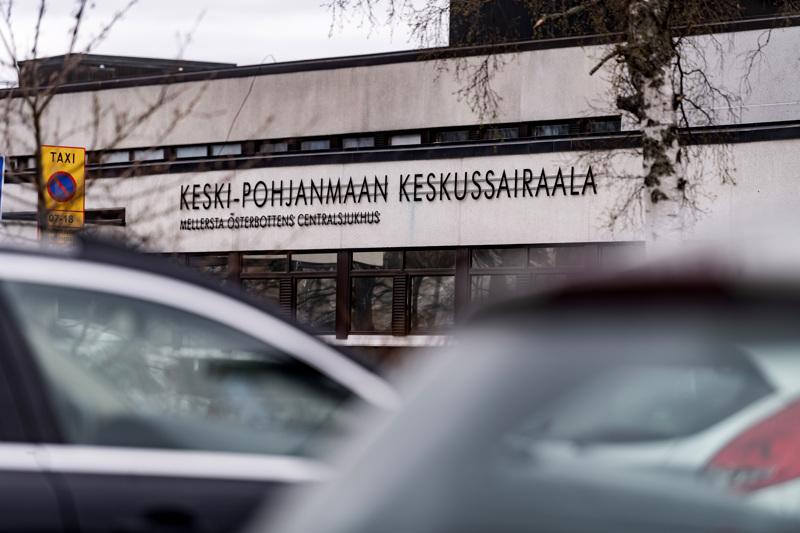 Ihminen tippui sairaalarakennuksen ikkunasta varhain perjantaiaamuna Kokkolassa.