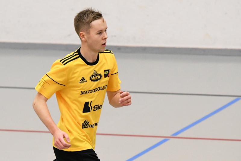 Vilho Hanni toi Sievi FS:n maalin päähän avausjakson lopussa.
