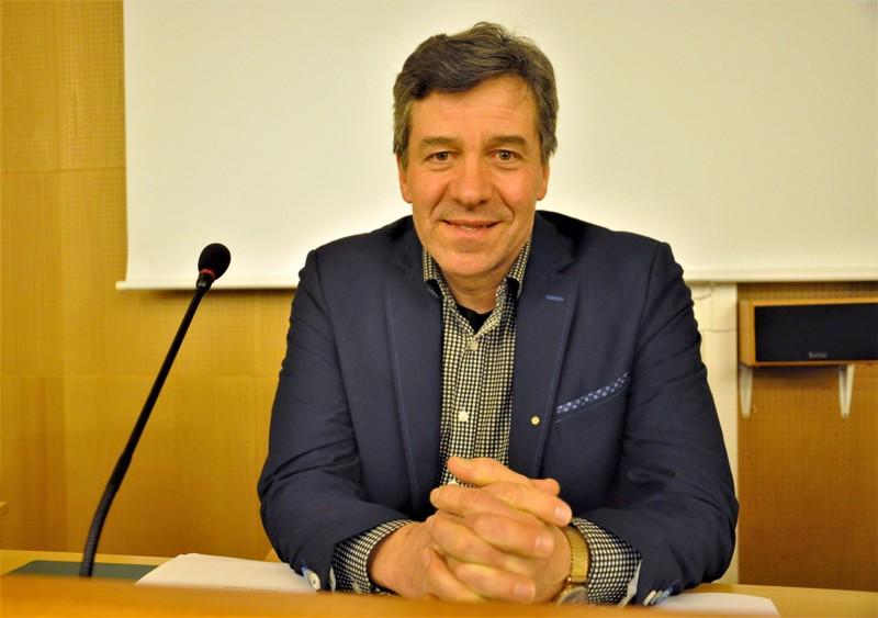 Toimipaikkapäällikkö Matti Louhula iloitsee runsaasta kiinnostuksesta luonto-ohjaajan koulutusta kohtaan.