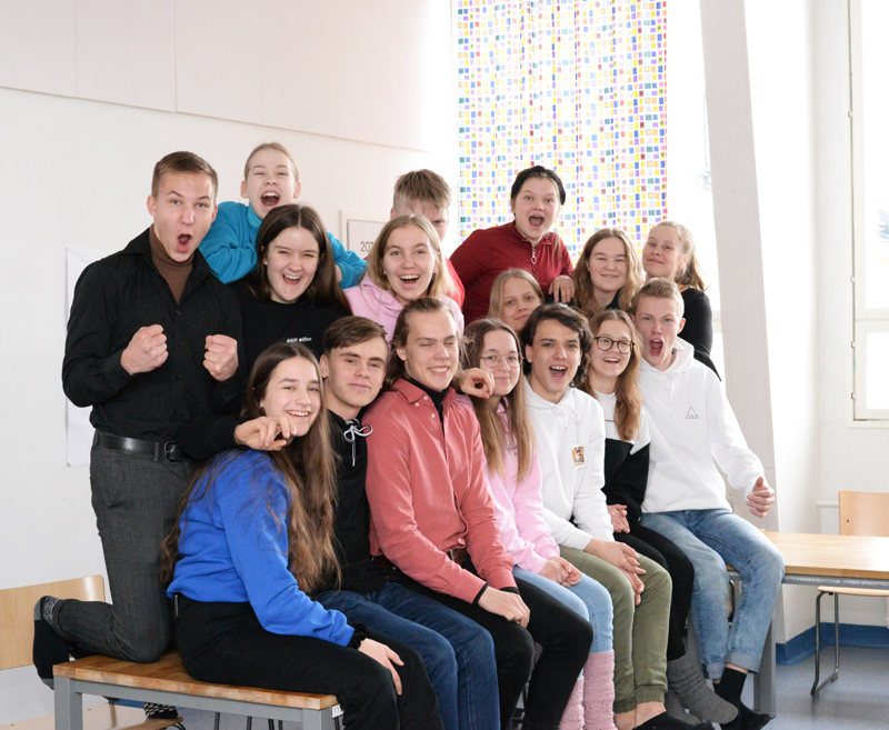 Yrittäjyyslinjalla opiskelee tänä vuonna 16 nuorta, joilla kaikilla on intoa ja halua rakentaa Reisjärvelle ikimuistoiset messut!