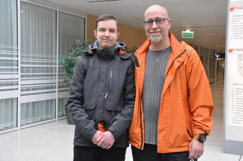 Andy Bjerén Koskinen ja poikansa Robin ovat molemmat syntyneet Tukholmassa, vieläpä samassa sairaalassa. Kokkola on kuitenkin nyt kotikunta.