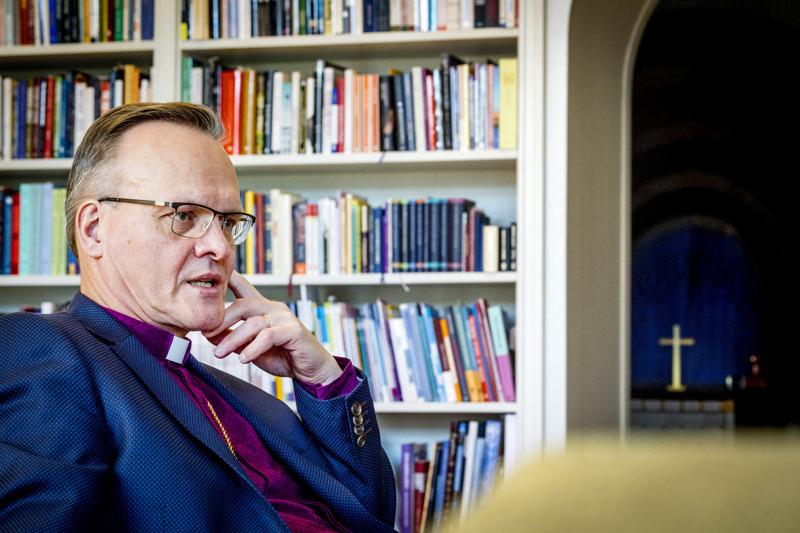 Arkkipiispa Tapio Luoman mukaan kristityn tehtävä ei ole leimata ihmisiä syntisiksi, sillä se ei tuo ketään lähemmäksi kristinuskoa.
