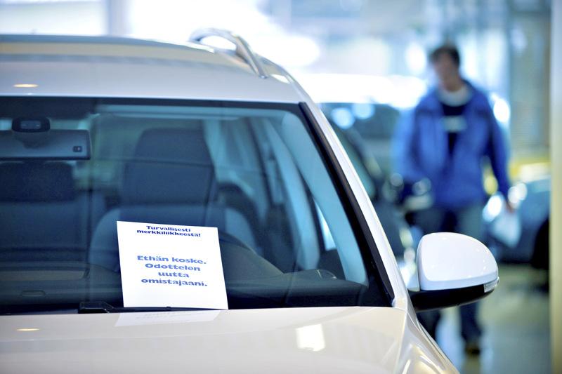 Auton omistamisen rinnalle on vahvasti tullut myös niin sanottu yksityisleasing. Tarjolla on runsaasti erilaisia vaihtoehtoja.