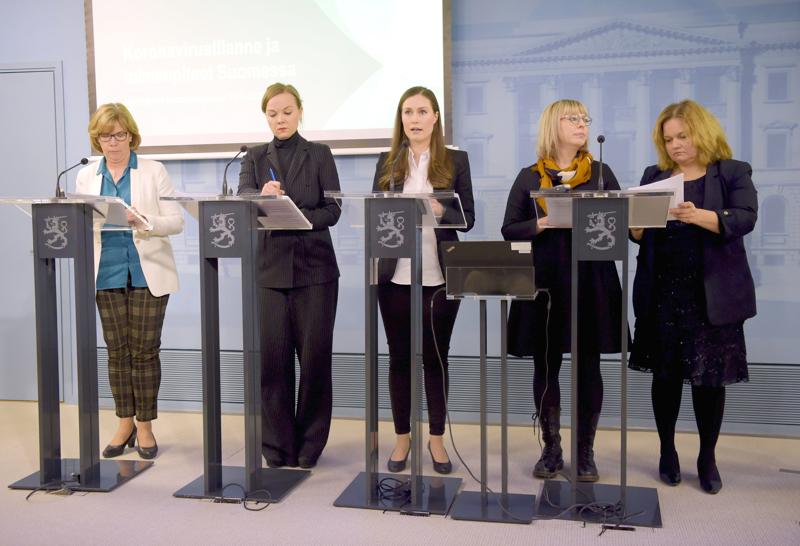 Suomen hallitus ilmoitti, että valmiuslaki otetaan käyttöön.