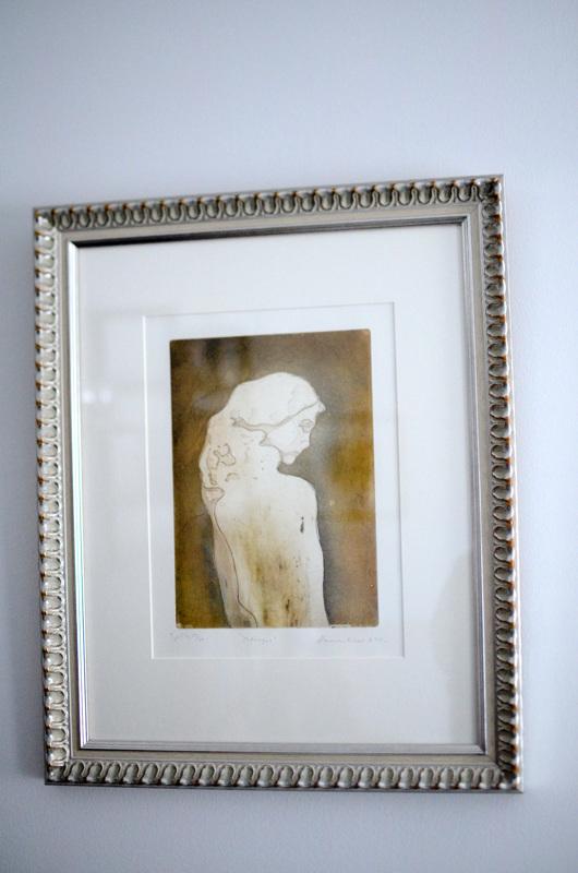 Hannele Kinaretin teos esittää Baltia-patsasta.