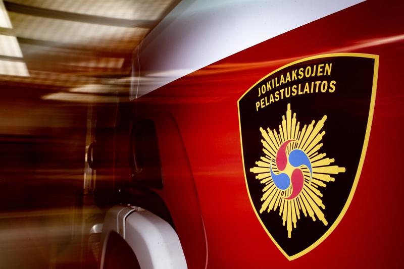 Jokilaaksojen pelastuslaitoksen yksikkö kävi pelastamassa hevosen ojasta Haapajärvellä.