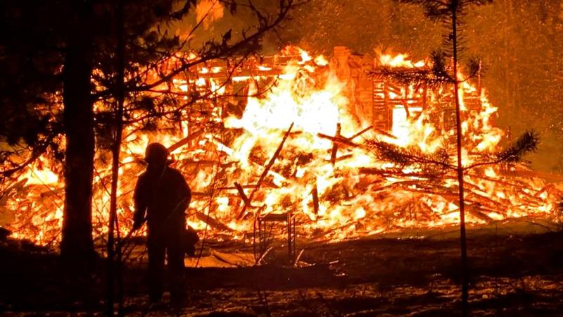 Palo oli edennyt jo pitkälle pelastuslaitoksen saapuessa paikalle.
