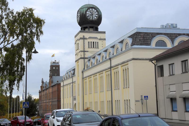 Mikäli poikkeusolot jatkuvat nyt säädetyn ajan yli, käynnistyvät Pietarsaaren kaupungin työntekijöitä koskevat yt-neuvottelut.