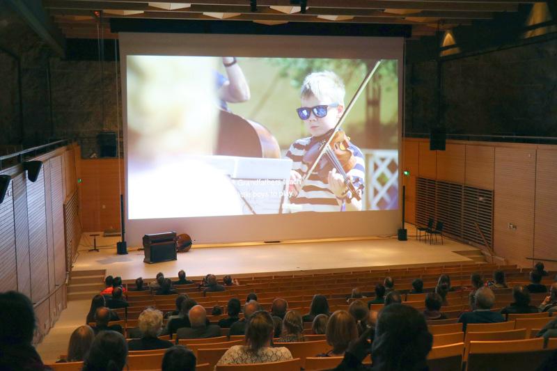 Arkistokuva Unesco-hakemusvideon ensi-illasta.