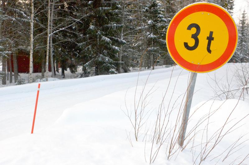 Suomen Tieyhdistys vetoaa kuntiin, jotta ne voisivat joustaa yksityistieavustusten hakuprosessissa.