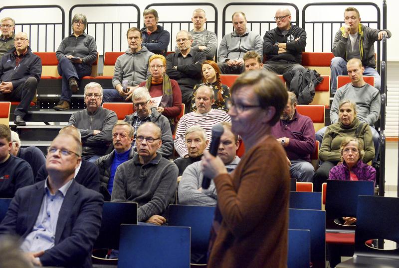 Halsuan tuulivoimapuistohankkeen edellinen yleisötilaisuus järjestettiin joulukuun alussa. Ehdotusvaiheen yleisötilaisuuden järjestämistapa on vielä auki.