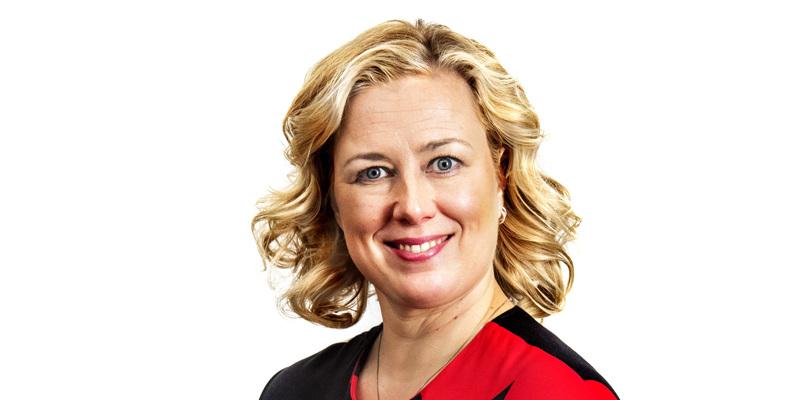"""""""Me voitamme tämän viruksen, ja teemme sen yhdessä"""", toteaa kirjoituksessaan komissaari Jutta Urpilainen."""