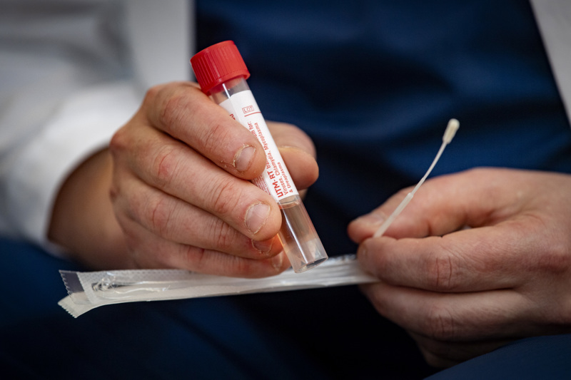 Soiten alueella otetut mahdolliset koronavirustartunnan todentavat näytteet lähetetään jatkossa tutkittavaksi Ouluun.