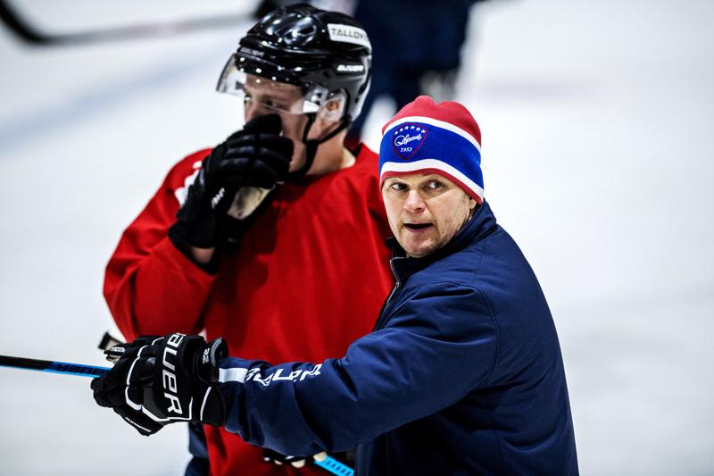 Kokkolan Hermeksen päävalmentajana loppukauden toiminut Ari-Pekka Pajuluoma jatkaa valmennusuraansa KHL-seura Helsingin Jokereissa.