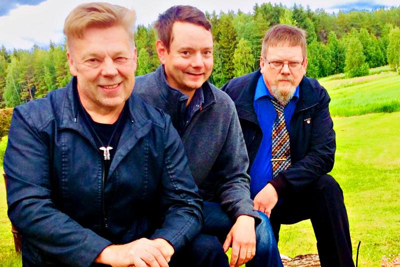 Timo Jääskelä, Sami Pirttisalo ja Kyösti Mehtälä lupaavat pääsiäislauantain etätansseihin perinteistä tanssimusiikkia  - ja ehkä myös joku menevämpikin ralli.