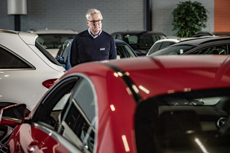 Käyttöauton Kokkolan paikallisjohtaja Juha Vainionpää. Asiakasvirrat liikkeissä ovat koronan takia pienentyneet valtakunnallisesti. Liikkeissä on ollut aikaa kehittää uusia tapoja palvella asiakkaita.