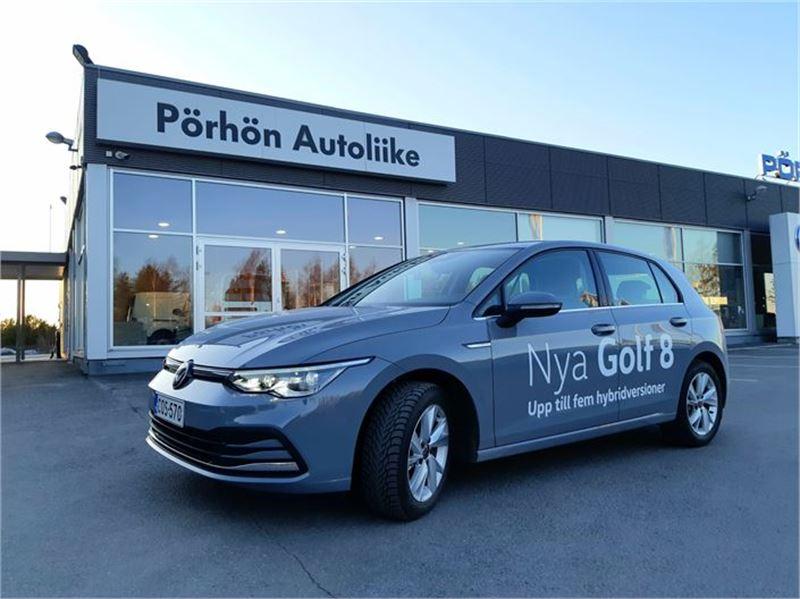 Kokkolan seudulla uusia Volkswagen Golfeja myy Pörhön Autoliike.