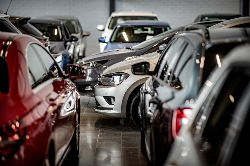 Autoala liputtaa romutuspalkkion palauttamisen puolesta ja toivoo täyssähköautojen hankintatuen laajentamista.