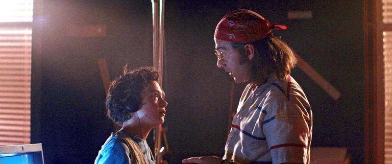 Noah Jupe ja Shia LeBoeuf näyttelevät lapsitähteä ja tämän isää Alma Har'elin elämäkertaelokuvassa Honey Boy.