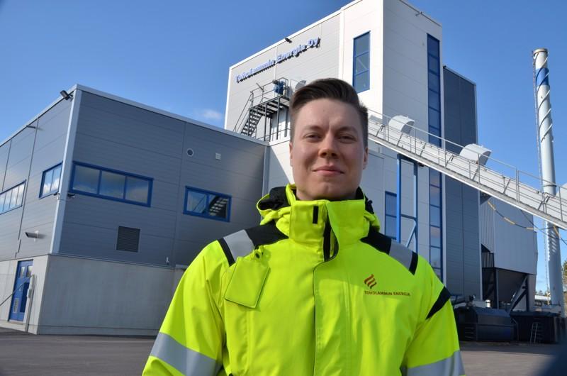 Mukana kunnan kehitystyössä. Toholammin Energian toimitusjohtaja Toni Mäki-Asiala sanoo, että toimiminen hieman oman työsektorin ulkopuolella on myös mielenkiintoista.