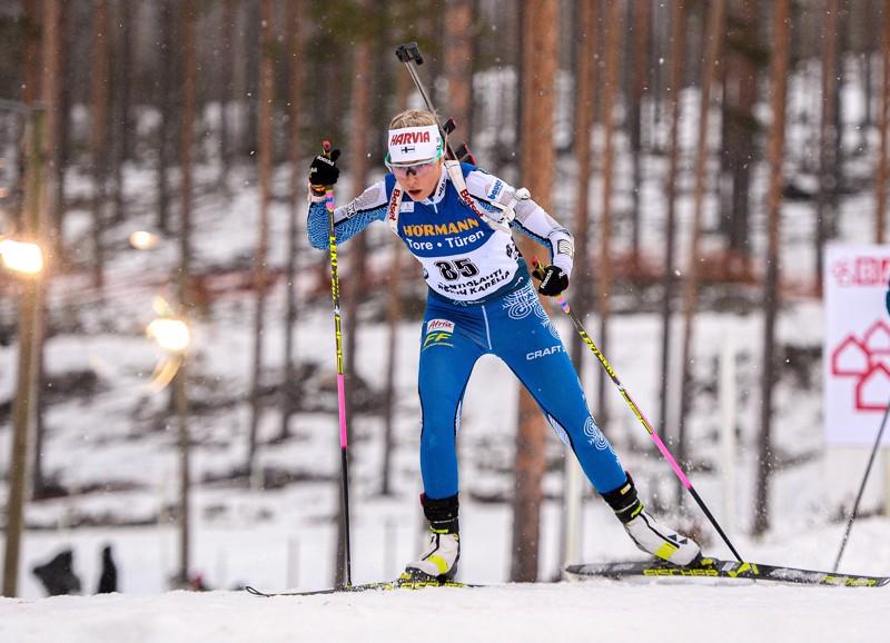 Erika Jänkä edusti Suomea maaliskuussa Kontiolahden maailmancupin kilpailuissa.