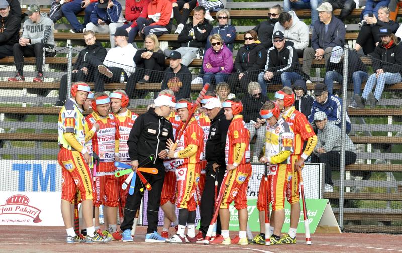 Pitkään miesten ykköspesiksessä pelannut Ylivieskan Kuula putosi viime kauden päätteeksi suomensarjaan, jonne joukkue on lähdössä nuorennetulla ryhmällä.