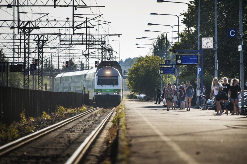 VR harvensi junavuorojaan merkittävästi, kun koronakriisi pienensi matkustajien määrää. Nyt esimerkiksi Pohjanmaan radalla junavuorot ovat palaamassa lähes ennalleen.