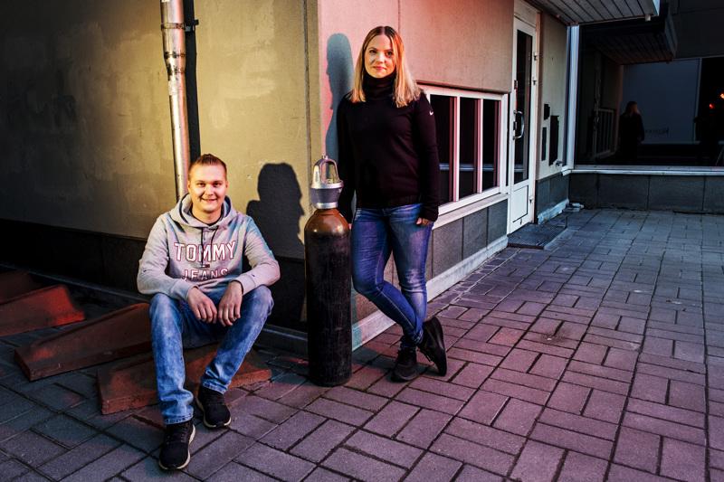 Tom Glad ja Jenny Kåla ovat sitä mieltä, ettei olla vielä lähelläkään e-urheilun kasvun rajoja.