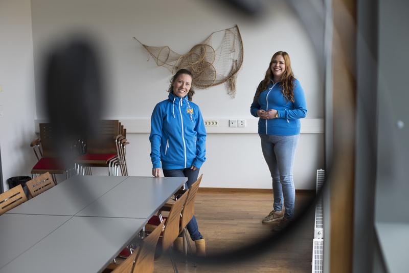 Heidi O'Gorman ja Fanni Pöntiö vetävät uutta Yrittäjien hyvinvointi ja digiloikka -hanketta.
