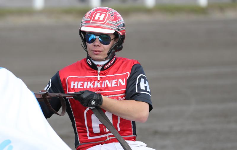 Santtu Raitala oli voitokkaan Charmiken ohjaksissa Jyväskylässä.