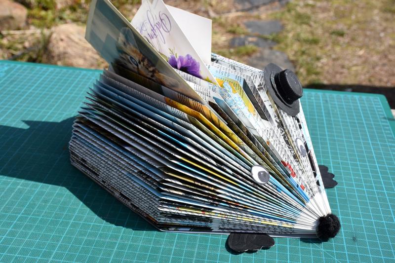 Siili pitää postikortit, kirjeet ja vaikka ostoslistatkin tallessa.
