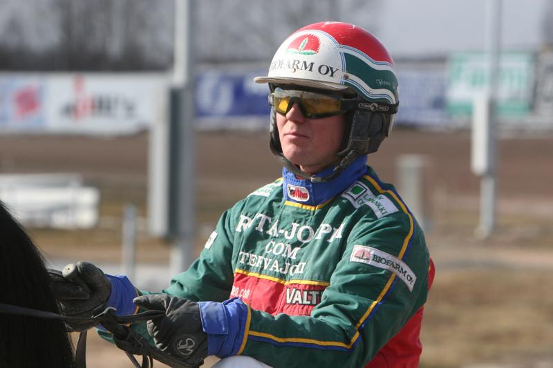 Hannu Hietanen ohjasti Grand Alen kakkosrahoille.