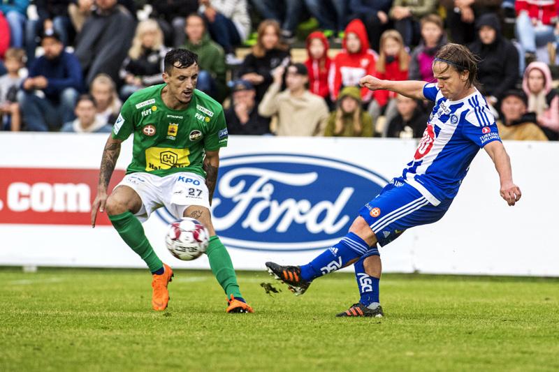 KPV:n osalta kausi alkaa virallisesti Suomen cupin ottelulla 16. kesäkuuta HJK:ta vastaan. Viime kaudella joukkueiden liigapelissä kohtasivat Hysen Memolla (vas.) ja Petteri Forsell.