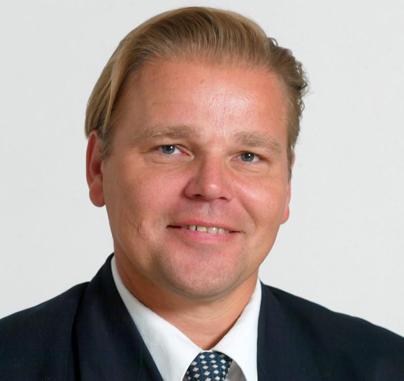 Matti Knutar arvioi, että työkokemus auttaa häntä avittamaan yrityksiä toimiviin ratkaisuihin.