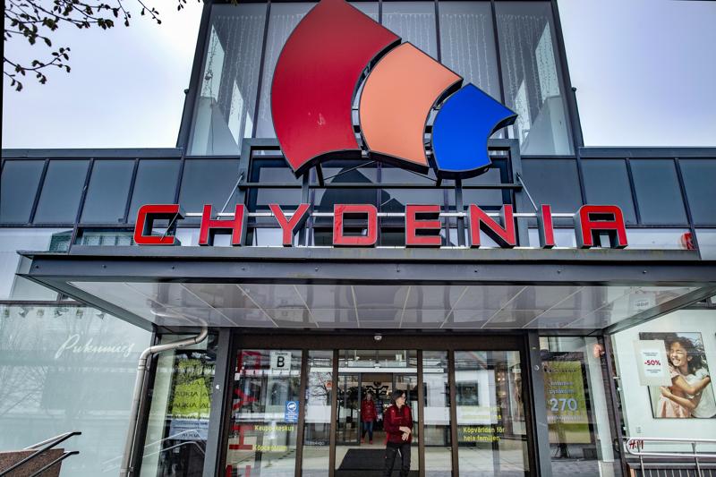 Kauppakeskus Chydeniasta puolet siirtyi Samppa Lajusen Samla Capitalin omistukseen.