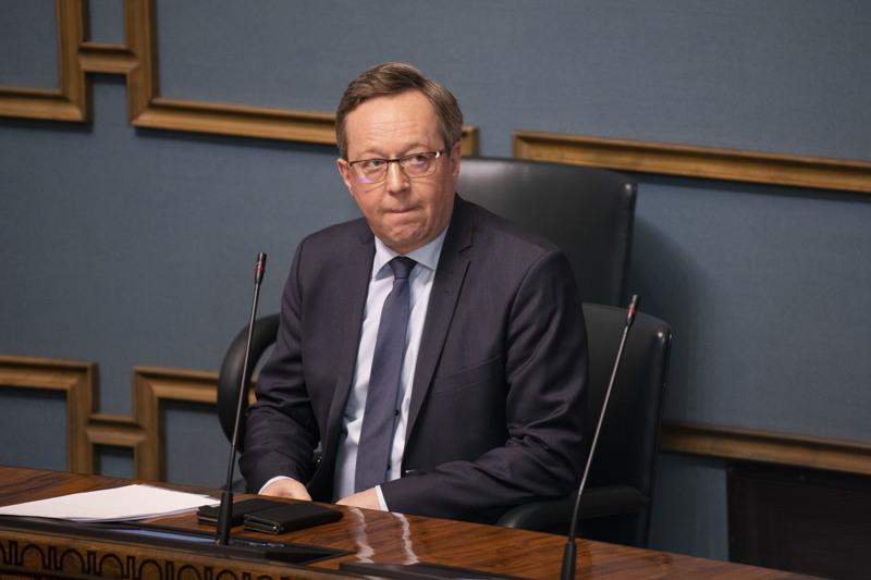 Elinkeinoministeri Mika Lintilä sai haluamansa, kotimaan matkailun vauhtiin.