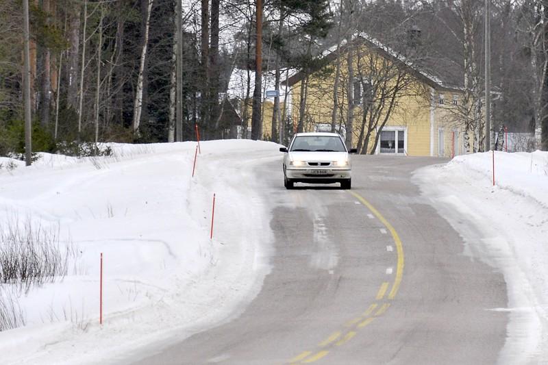Pohjois-Pohjanmaalla tiestöä pidettiin talvella liian liukkaana.