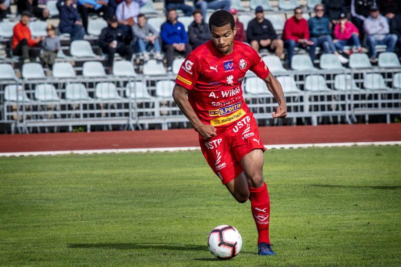Anthony Olusanya ja muut Jaro-pelurit pelaavat ensimmäisen kotipelinsä Ykkösessä vasta 12. heinäkuuta.