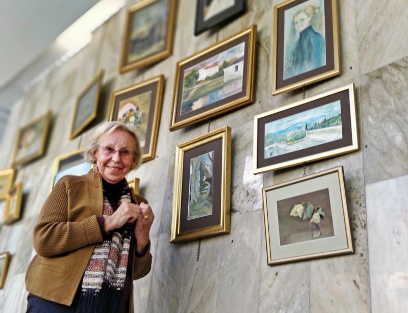 Kerstin Kassabin ohjaama taideryhmä teki tauluja Helene Schjerfbeckin tauluista ja innoittamana.