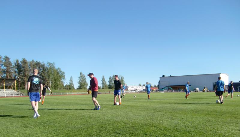 Kalajoen Pallon edustusjoukkue pääsi aloittamaan joukkueharjoittelun vasta kaksi ja puoli viikkoa sitten.