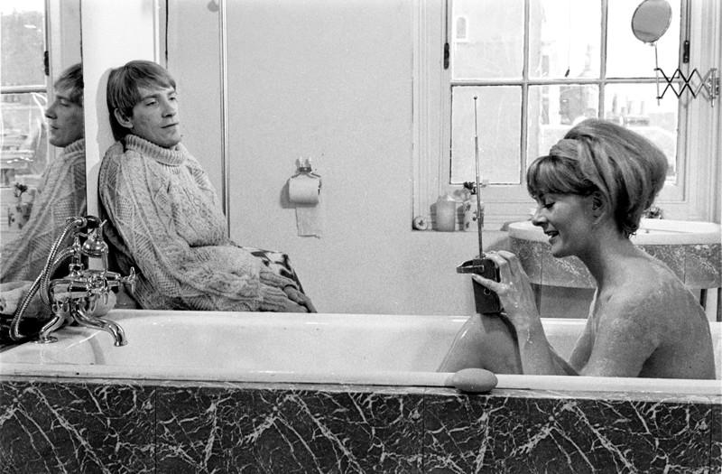 Iloisella ja vapaalla 1960-luvulla maailma oli mustavalkoinen.