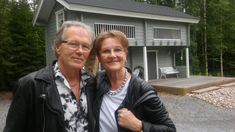 Mirja ja Erik Paalanen. Kuva on otettu ystävien luona Keuruulla.