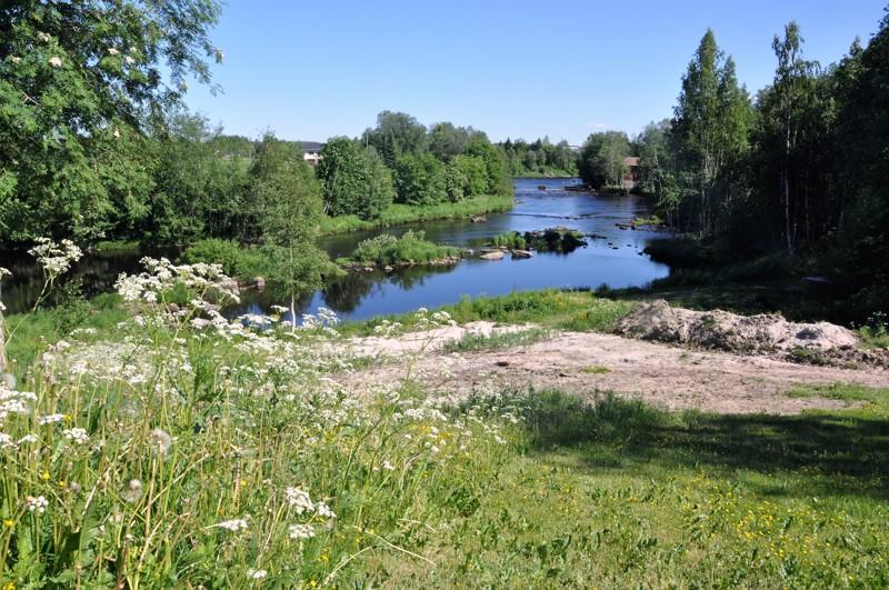 Hotelli Kaustisen taakse suunnitellaan yleistä uimarantaa.