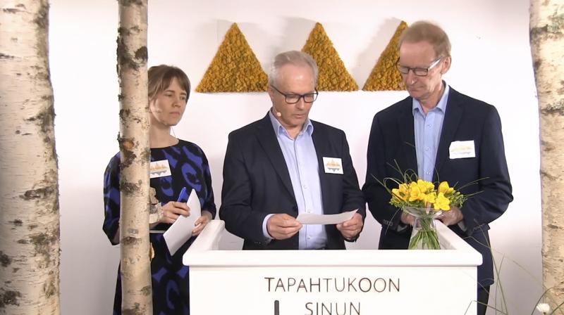 Tänään päivällä alkavien poikkeusolojen suviseurojen ohjelmasta ja radioinnista kertoivat Kesäseuraradion päätoimittaja Vilja Paavola, SRK:n pääsihteeri Juha Kaarivaara ja SRK:n johtokunnan puheenjohtaja Matti Taskila.